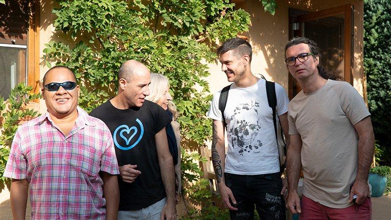 Tata Quintana con los músicos que han colaborado en su nuevo disco Aliento